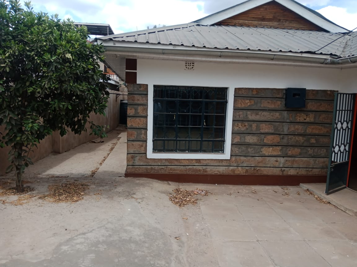3 bedroom house  for sale in  Utawala Embakasi East Nairobi Kenya